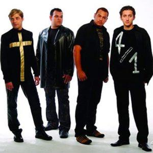 quatro por um banda gospel